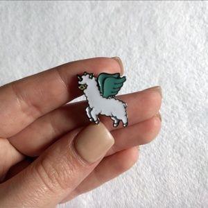 Flying Alpaca Dreamy Lapel Enamel Pin